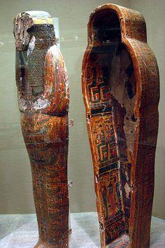 Inner Coffin of Djedmutesankh  Date: ca. 1000–945 B.C.   Deir el-Bahri, Tomb MMA 60, Chamber B, Burial of Djedmutesankh (5), MMA 1922-1924  Accession Number: 25.3.2a, b