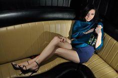 Ciekawe pomysły zabaw na wieczór panieński, które można zorganizować w domu! Przykładowe to: przygotowanie listy z zadaniami dla przyszłej panny młodej, erotyczne kalambury, alkoholowa ruletka i wiele, wiele innych... http://www.partybus.pl/zabawy-na-wieczor-panienski-wdomu/