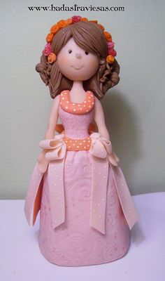 dulce 15 by hadastraviesas, porcelana fria polymer clay Polymer Clay People, Polymer Clay Figures, Polymer Clay Dolls, Polymer Clay Projects, Polymer Clay Creations, Fondant Figures, Fondant Cake Toppers, Palmer Clay, Fondant People