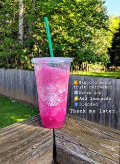 Super frickin good Starbucks drink secret menu recipe summer Starbucks Hacks, Bebidas Do Starbucks, Healthy Starbucks Drinks, Starbucks Secret Menu Drinks, Yummy Drinks, Healthy Drinks, Starbucks Refreshers, Special Starbucks Drinks, Non Coffee Starbucks Drinks