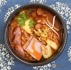 The Ramen Rater reviews an instant noodle from South Korea - a new take on Budae Jigae, a fascinating and tasty concoction!
