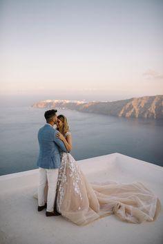 Jeremy & Ann's Destination wedding on the Island of Santorini. Elope Wedding, Dream Wedding, Wedding Dresses, Elopement Wedding, Budget Wedding, Summer Wedding, Wedding Planning, Santorini Wedding, Greece Wedding
