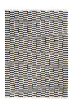 Linie Design Kiona-matto 170x240 cm Front Rooms, Rugs, Design, Home Decor, Inspiration, Furniture, Simple Lines, Farmhouse Rugs, Biblical Inspiration