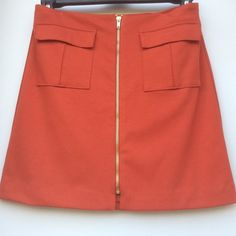 """NWT🔶Banana Republic Ponte Military Skirt Front zipper closure and two front flap pockets. Shell:71 % Polyester 25% Rayon/ Viscose 4% Spandex Lining 100% Polyester Size 0: 27"""" Waist 17 1/2"""" Length / Size 4 - 29"""" Waist 17 3/4"""" Length / Size 6 - 29"""" Waist 17 1/2"""" Length / Size 8 - 31"""" Waist 17 3/4"""" Length /Size 10 - 32"""" Waist 17 3/4"""" Length / Banana Republic Skirts Mini"""