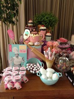 Aniversário da Luíza Pink Kitchen Appliances, 1 Birthday, Kids Cooking Party, Cooking Contest, Chef Party, Retro Housewife, Baking Party, Master Chef, Mad Hatter Tea