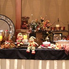 Celebrating Home Decor  www.cherylmarrant.com