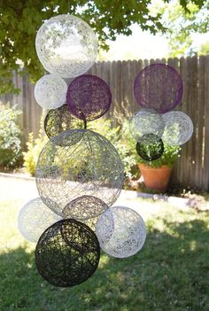 Quiero hacer algo así ...Wedding Decoration Hanging Spheres-Wedding Prop- Wedding Decor-Bohemian Chic Wedding Decoration. $65.00, via Etsy.