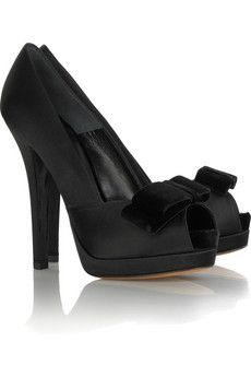 Black satin platform pumps, approximately / inches high with a / inch platform and velvet bow on front. Fendi shoes have a peep-toe and simply slip on. This style runs true to size. Peep Toe Platform, Peep Toe Shoes, Slip On Shoes, Platform Shoes, Black Pumps Heels, Black Shoes, Fendi Dress, Velvet Shoes, Fashion Shoes