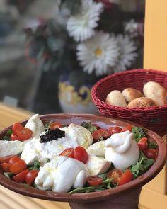 Et si on se faisait une orgie de mozzarella ce midi ?  #prestofresco #italianfood #italien #pasta #pizza #restaurantitalien #mangeritalien #gourmand #gastronomie #food #cucinaitaliana #italiancuisine