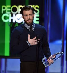 How Chris Evans Made the People's Choice Awards Worth Watching