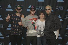 Tomo, Shannon, Jared & me)))