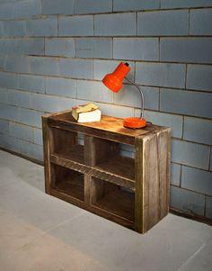 Nachttisch aus recyceltem Bauholz PUGET von JOHANENLIES auf Etsy