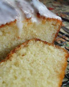 The English Kitchen: Teatime Treats-Lemon Yogurt Loaf Loaf Recipes, Lemon Recipes, Cake Recipes, Dessert Recipes, Cooking Recipes, Jerky Recipes, Drink Recipes, Cupcakes, Cupcake Cakes