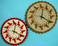 Great resource site for learning 25 different kinds of crochet, including tapestry crochet illustrated in these clocks.  I learned lots of things I never knew, and I've been crocheting for over 30 years!