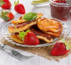 Use Japanese foods to make your favourite meals more nutritious. This tofu pancake recipe uses tofu instead of milk for extra, dairy-free protein. Tofu Recipes, Fruit Recipes, Vegetarian Recipes, Healthy Recipes, Healthy Japanese Recipes, Japanese Food, Tofu Dishes, Asian Cooking, Food 52
