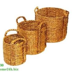 OFFERING -WATER HYACINTH STORAGE BASKET -MATERIAL: WATER HYACINTH -COLOR: NATURAL