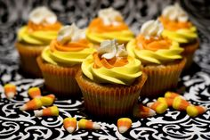 It's that time of year! Halloween! I cannot believe that the holidays are here. It is insane to me! These cupcakes are so cute and festive, yet so easy. They are just from a box, the Pillsbury Halloween orange and black funfetti with the colored vanilla bean buttercream. Vanilla Bean ButtercreamRecipe source: With Sprinkles on …