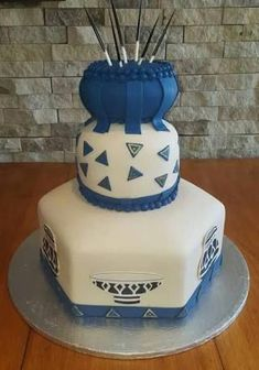 Image result for traditional african cakes #traditionalweddingcakes Zulu Traditional Wedding, Traditional Cakes, Traditional Decor, Traditional Dresses, Blaze Birthday Cake, African Wedding Cakes, African Cake, Zulu Wedding, Engagement Cakes