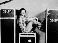Bruce Springsteen how young!!
