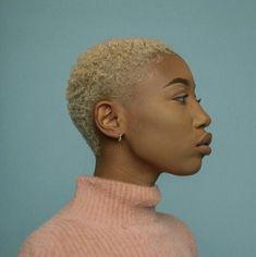 Short Bleached Hair, Natural Hair Short Cuts, Short Sassy Hair, Dyed Natural Hair, Girl Short Hair, Short Hair Cuts, Low Cut Hairstyles, Short Shaved Hairstyles, Girls Short Haircuts