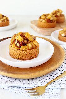 Zoet & Verleidelijk: Appel-noten taartjes