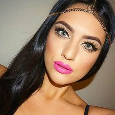 Which is more perfect: the lashes or the lips?? we can't decide! @deelishdeanna  #Makeup