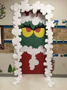 Christmas Classroom Door, Classroom Fun, Christmas Door, Christmas 2019, Class Door Decorations, Diy Christmas Decorations For Home, Christmas Crafts, Teaching Babies, Teaching Ideas