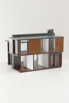 modern doll house, no way!