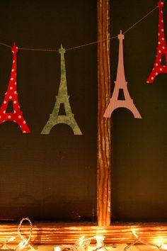 Eiffel tower garland #eiffeltower #valentinesday
