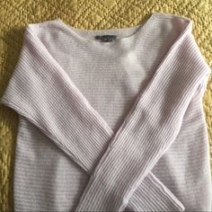 Vince sweater-NWT-size XS Vince 100% cashmere sweater. Color is a gorgeous lavender. Lightweight, so perfect for spring and even a cool summer night. Soft :) Very open to reasonable offers. Vince Sweaters
