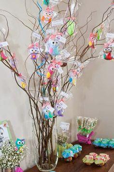 Roteiro Baby Floripa: Tema Festa Corujinha [Dia de Festa] Owl Birthday Parties, Baby Birthday, Birthday Decorations, Baby Shower Prizes, Baby Boy Shower, Baby Owls, Diy Party, Craft Fairs, Diy For Kids