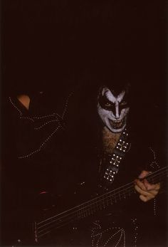 Kiss Rock Bands, Vintage Kiss, Kiss Pictures, Hot Band, Gene Simmons, Creatures Of The Night, Rockn Roll, Cool Bands, Cowboys