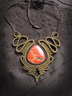 Spiral macrame necklace with red jasper. by AbstractikaCrafts Collar Macrame, Macrame Colar, Macrame Necklace, Macrame Jewelry, Macrame Bracelets, Etsy Macrame, Wire Jewelry, Micro Macramé, Diy Jewelry Projects