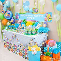 Bubble guppies are a popular cartoon series that is the favorite of many kids in the world. The birthday party supplies of bubble guppies are available at the Birthday Party Tables, 4th Birthday Parties, 2nd Birthday, Frozen Birthday, Bubble Party, Bubble Guppies Birthday, Bubble Guppies Cake, Guppy, Bubble Guppies Party Supplies