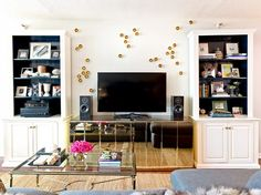 15 Maximalist Rooms That Prove More Is More via @domainehome