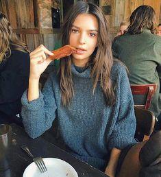 - Bacon for brunch - Emily Ratajkowski