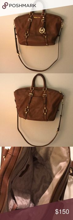 Michael Kors Michael kors Bedford satchel large bag in good used conditions sign of wear in the bottom pin mark inside not that bad it can be worn as cross body and shoulder bag Michael Kors Bags Shoulder Bags