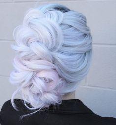 more pastel hair color ideas for you Pretty Hair Color, Beautiful Hair Color, Pretty Hairstyles, Braided Hairstyles, Bangs Hairstyle, Hairstyles 2018, Hairstyle Ideas, Pelo Multicolor, Frozen Hair