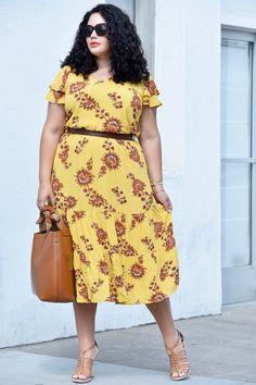 The perfect floral print midi dress via @GirlWithCurves. #partner #sayhi #oldnavystyle