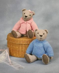NHS Charity Knitting Pattern Bear Medic Doctor Nurse | Etsy Teddy Bear Knitting Pattern, Knitting Patterns Boys, Doctor White Coat, Joining Granny Squares, Knitting For Charity, Kawaii, Crochet Projects, Bee, Toys