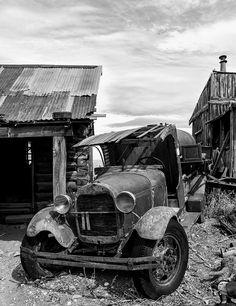 Old truck B edit by GatorPiKA, via Flickr