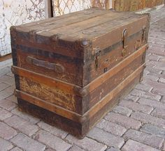 Old trunk......have one like this and love it/  we totally restored it in the 80's