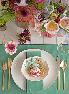 Pretty Easter brunch palette! Via @Tiffany Grant-Riley | and @west elm