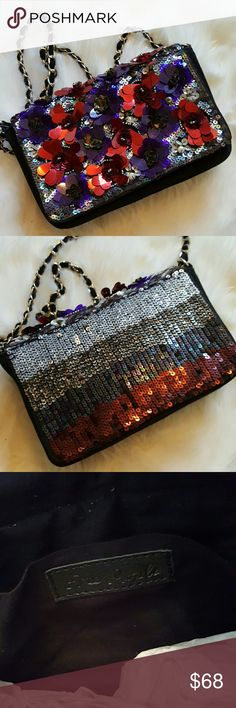 FREE PEOPLE Glitters Crossbody NWOT Delicate Ornate crossbody clutch with chain strap and small inner pocket Free People Bags Crossbody Bags