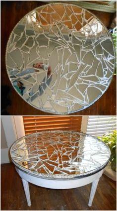 20 Brilliantly Crafty DIY Ideas To Upcycle Broken Mirrors - Spiegel Broken Mirror Diy, Broken Mirror Projects, Diy Mirror, Mirror Ideas, Broken Glass, Mirror Art, Mirror Crafts, Contemporary Wall Mirrors, Mirror Mosaic