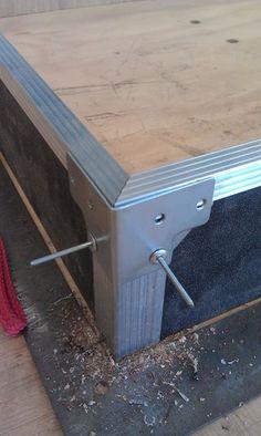 Road Case : 8 Steps - Instructables Concrete Lamp, Concrete Design, Cardboard Furniture, Art Furniture, Furniture Design, Woodworking Techniques, Woodworking Projects, Woodworking Shop, Diy Teardrop Trailer