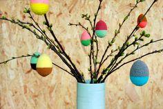 Hæklede påskeæg fra Yarnfreak :: styropor-æg indeni:-) Easter Crochet, Diy Crochet, Textile Texture, Chrochet, Easter Crafts, Easter Decor, Venus, Easter Eggs, Free Pattern