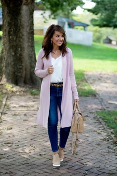 My 5 Wardrobe Essentials for Early Fall - Cyndi Spivey Source by fashion classy Fashion Over 40, Fashion 2020, Women's Fashion, Workwear Fashion, Preteen Fashion, Fashion Blogs, Fashion Websites, Classy Fashion, Petite Fashion
