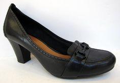 Clarks Artisan 'Diamond Star' Black Leather Belted Pump Size 10M #ClarksArtisan #PumpsClassics