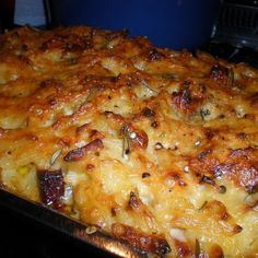 Try this Pumpkin, Parmesan, Pancetta and Penne Bake - Maggie Beer The Cook & The Chef recipe by Chef Philippa Wightman. Penne Recipes, Beer Recipes, Gourmet Recipes, Cooking Recipes, Dairy Recipes, Cooking With Beer, Bechamel Sauce, Roast Pumpkin, Recipes